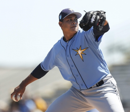 Rays roll past Pirates, 9-3
