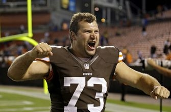 Browns start fresh with flurry of trades, free agent deals
