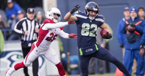 Luke Willson visiting Carolina as the Seahawks' tight end carousel turns