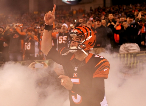 Cincinnati Bengals quarterback AJ McCarron signs 2-year deal with the Buffalo Bills