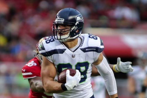 Thursday Curds: On Jimmy Graham's potential impact on the Packers offense