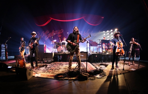 The Avett Brothers to perform after Atlanta Braves game this summer