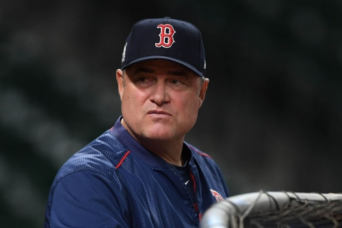 Reds hire John Farrell as scout