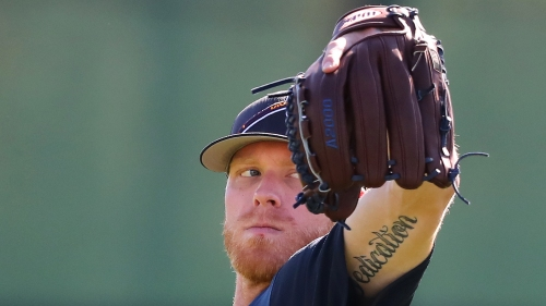 Mike Foltynewicz finds strikeout groove, continues scoreless spring