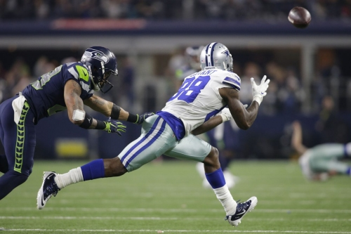 Report surfaces that the Seahawks are negotiating with several teams about Earl Thomas