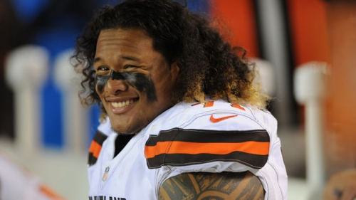 Watch New Patriot Danny Shelton's First Meeting With Robert Kraft