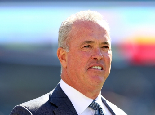 Dallas Cowboys frustrating free agency strategy must change