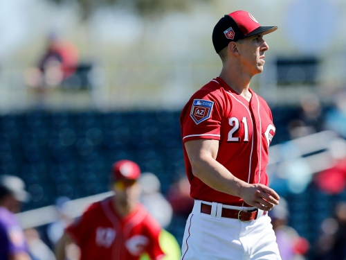 Cincinnati Reds fall short in a comeback attempt against Milwaukee Brewers
