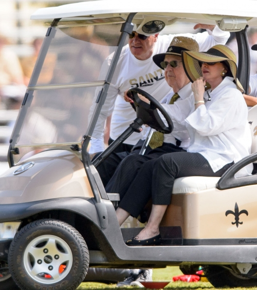 Tom Benson's last will makes clear who was in, out of his inner circle late in his life