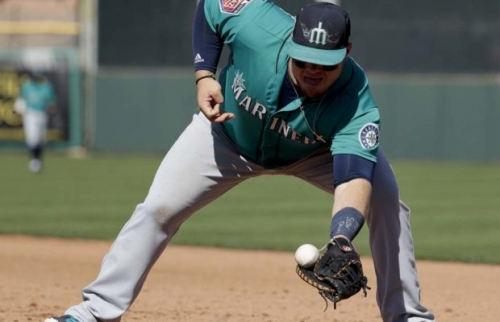 Mariners collect 14 hits in 9-7 win over the Rangers | 1170 KPUG-AM