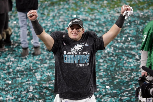 The Linc - Brent Celek says he'll return to the Eagles in some capacity in the future