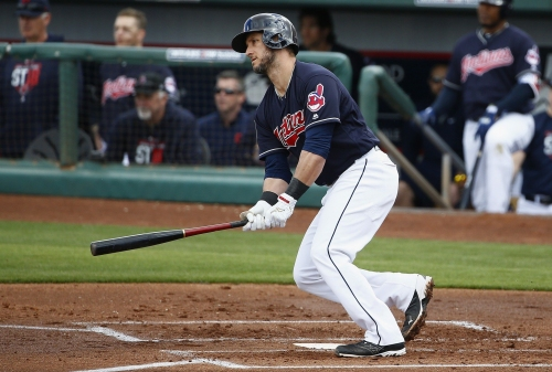 Cleveland Indians slam Chicago Cubs, slam Seattle Mariners, too, in split-squad sweep
