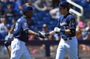 Early offense helps Brewers top Dodgers 7-3