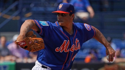 Mets get rare good news as Jason Vargas will miss only five days with hand injury
