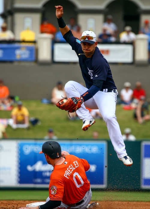 Detroit Tigers leave 17 on base in 4-2 loss to Baltimore Orioles