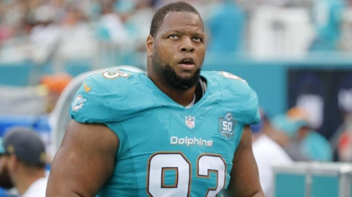 Dallas Cowboys have interest in signing Ndamukong Suh
