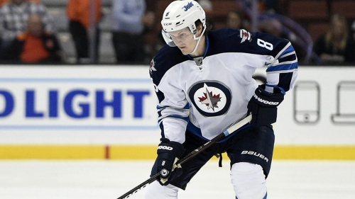 Jets defenceman Trouba diagnosed with concussion after scary hit