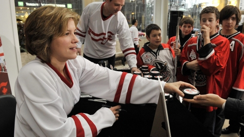 Cassie Campbell-Pascall steps down as a CWHL governor
