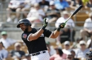 Abreu, Smith leave White Sox game with injuries