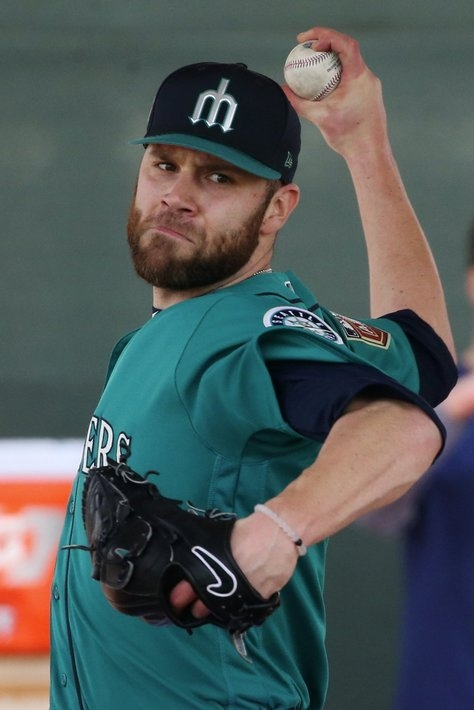 Brutal blow for Mariners' bullpen: David Phelps lost for the season with Tommy John surgery