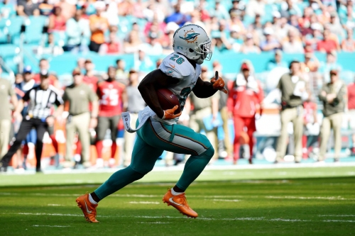 Chiefs signing free agent RB Damien Williams