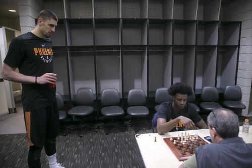 Phoenix Suns' Josh Jackson shows fiery intensity - at chess match, too