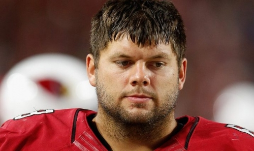 Broncos acquire Jared Veldheer from Cardinals in exchange for a draft pick