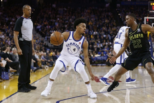 Late Warriors flash sends Hawks to loss in Oakland