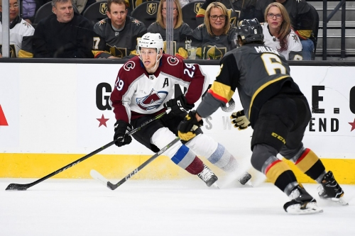Avalanche let game slip away late to fall 4-1 in Sin City