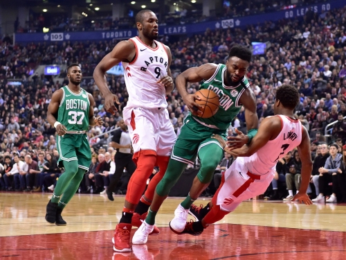 Boston Celtics go ice cold in loss to Toronto Raptors, likely clinch No. 2 seed