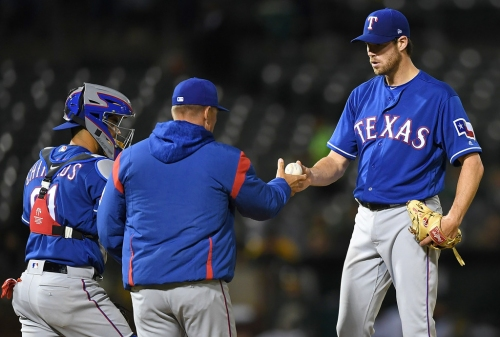 Doug Fister fails to get through four innings vs. A's, Rangers' record falls to 2-5