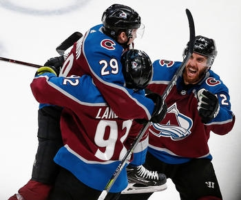 Avalanche head back to playoffs after 5-2 win over Blues