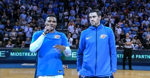 Video: Russell Westbrook calls for standing ovation for Nick Collison