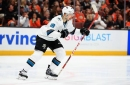 Sharks hold on late for 2nd straight road win over Ducks to open series