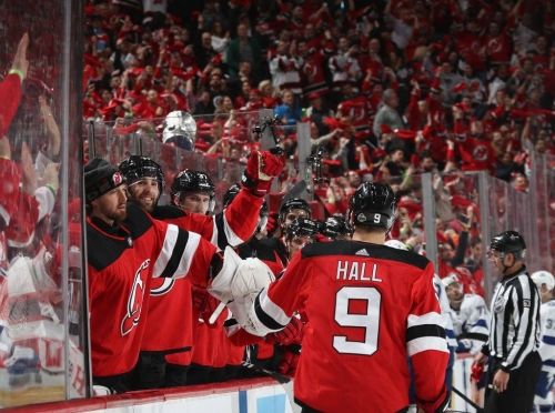Devils heat up at home for crucial Game 3 triumph over Lightning
