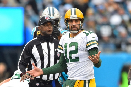 Tuesday Cheese Curds: Trouble brewing between Aaron Rodgers, Packers?