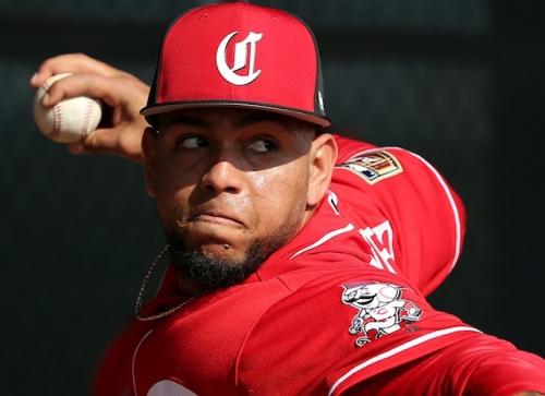 Dodgers Trade Ibandel Isabel, Zach Neal To Reds For Ariel Hernandez