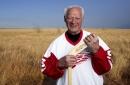 How Detroit Red Wings icon Gordie Howe became beloved 'Mr. Hockey'