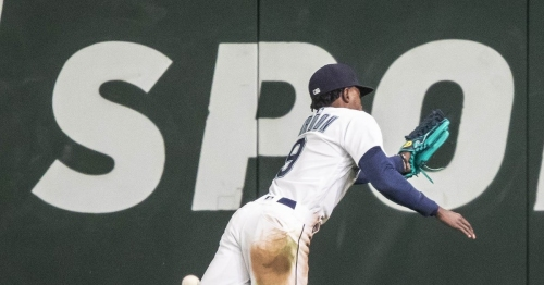 Mariners suffer seventh-inning stress in ugly 7-1 loss to Houston