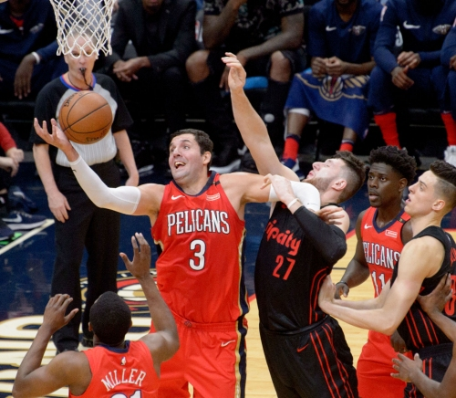Niko's night: Mirotic scores 30 points as Pelicans blow out Trail Blazers at home, lead 3-0