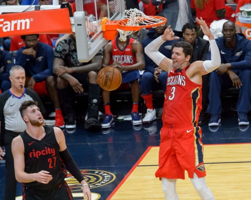 In first seasons as Pelicans, Nikola Mirotic and Rajon Rondo gear NOLA's surge in Game 3
