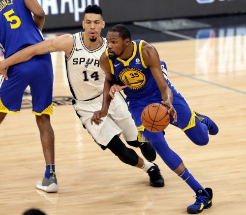 Golden State Warriors take commanding 3-0 lead over Spurs