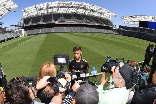 Major Link Soccer: LAFC open Banc of California stadium
