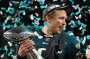 Nick Foles, Eagles reportedly agree to revised contract