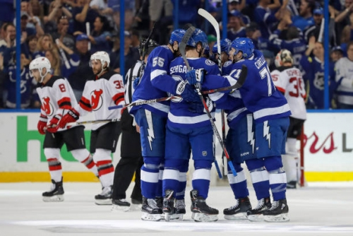 Tampa Bay Lightning Beat New Jersey Devils in Five Games