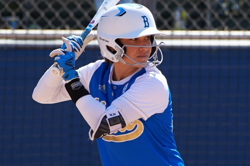 Jelenicki HR Lets UCLA Softball Walk-off with Another Win over Huskies, 3-2