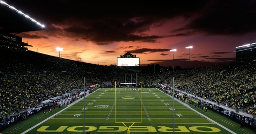 Oregon dominates Pac-12 in spring game attendance