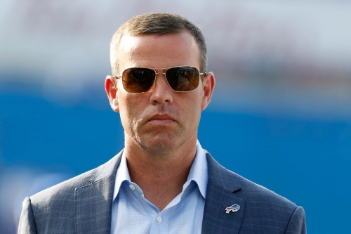 What do the Buffalo Bills' pre-draft visits indicate about their 2018 NFL Draft intentions?