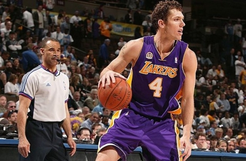 This Day In Lakers History: Luke Walton Headlines All-Around Attack In Game 3 Win Over Nuggets