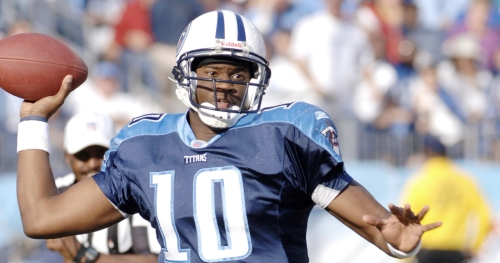 Vince Young mispronounces Harold Landry's name, Twitter roasts him